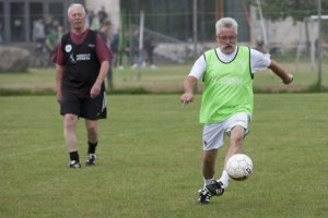 1459669286656_Granddad-football